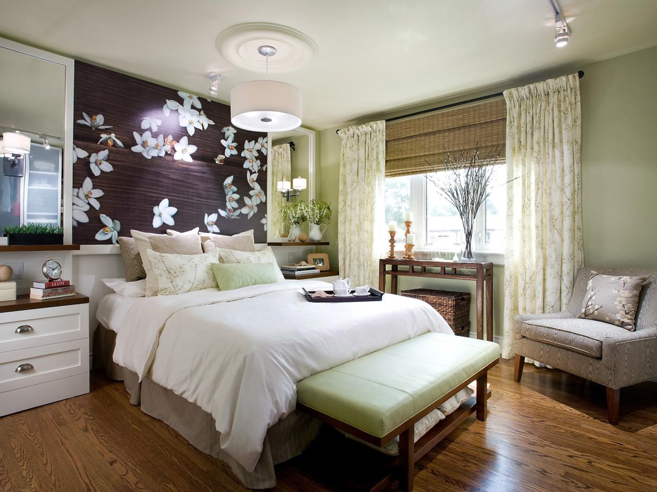 contemporary bedroom lighting hgtv 16456 | 1409162620133