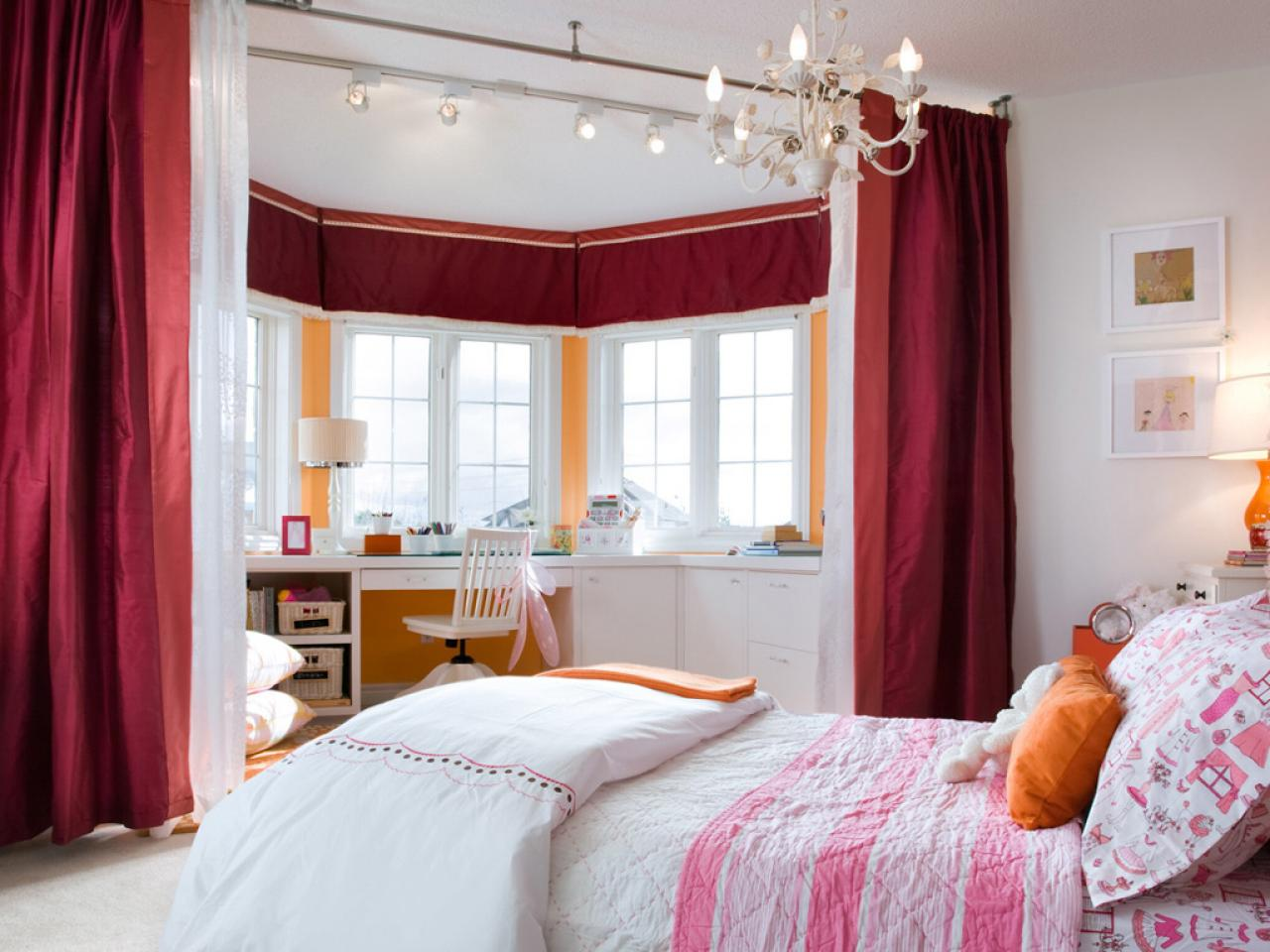 Girl\'s Bedroom Lighting | HGTV