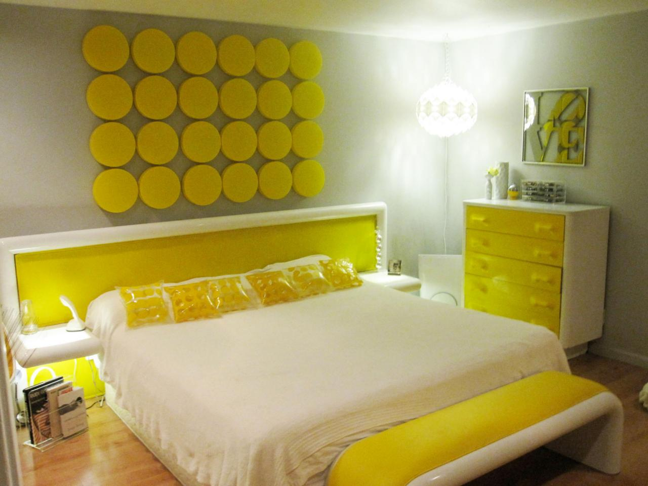 Yellow bedrooms pictures options ideas hgtv Master bedroom with yellow walls