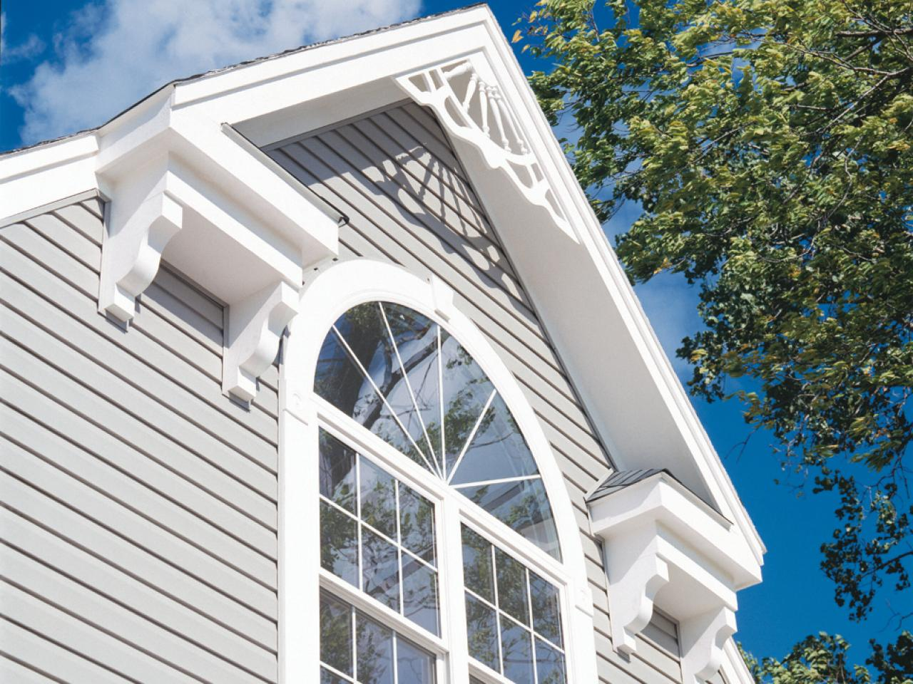 Exterior trim molding and columns hgtv - What type of wood for exterior trim ...