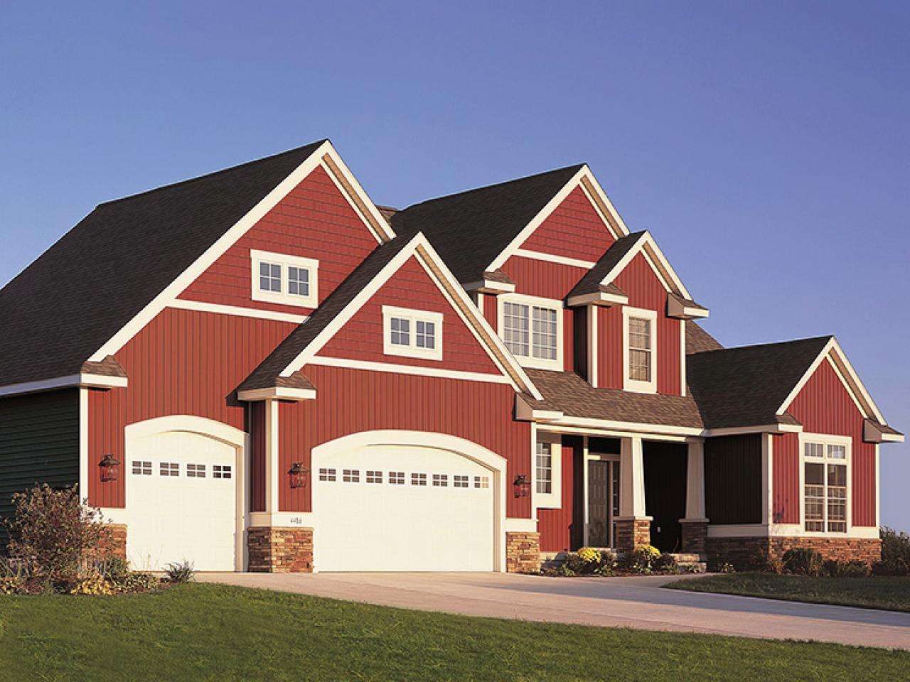 Top 6 exterior siding options hgtv - Best exterior color for small house ...
