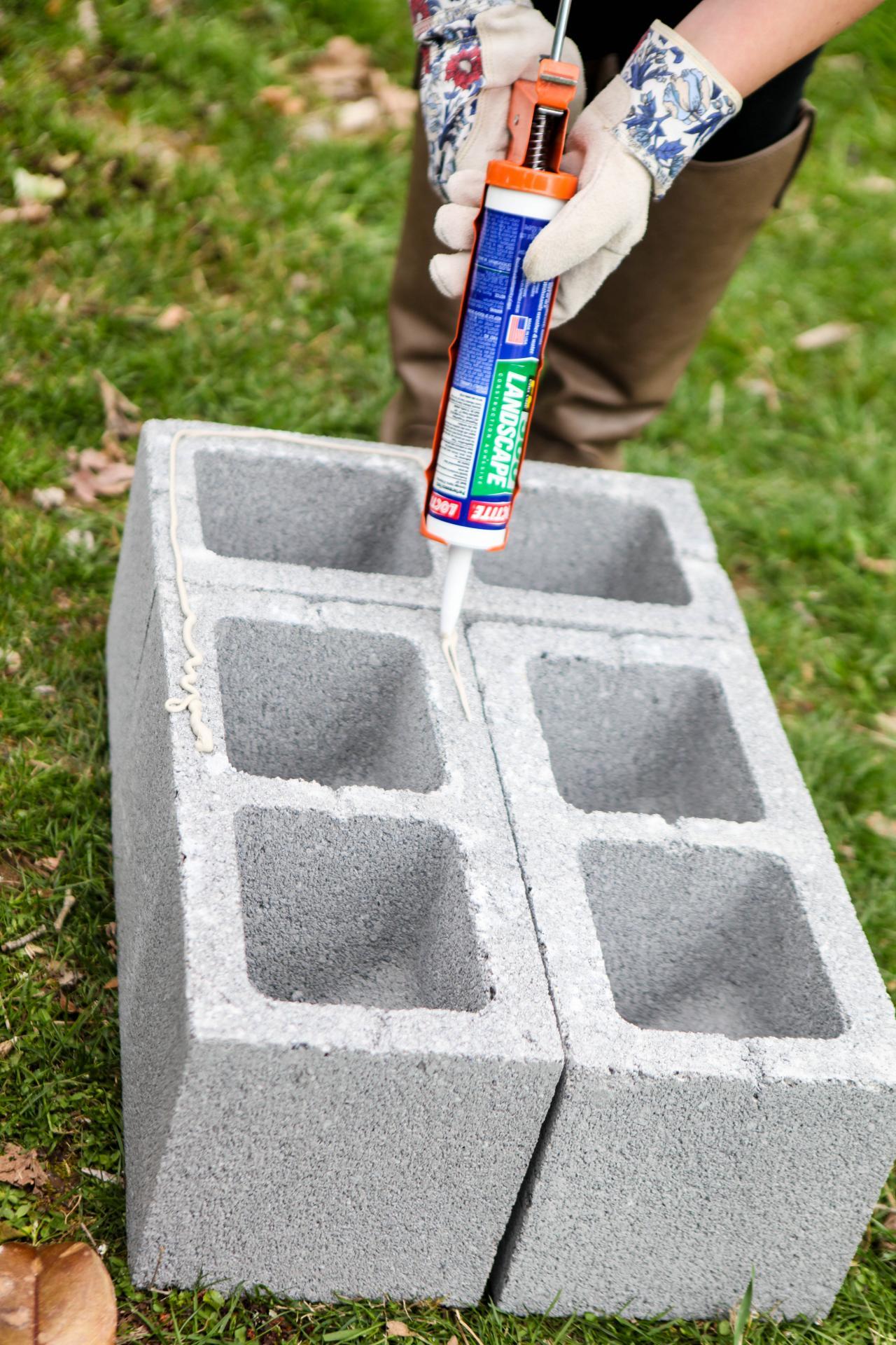 How to Make a Cinderblock Bar and Planter | HGTV's ...