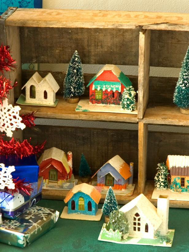 view the gallery - 1940s Christmas Decorations