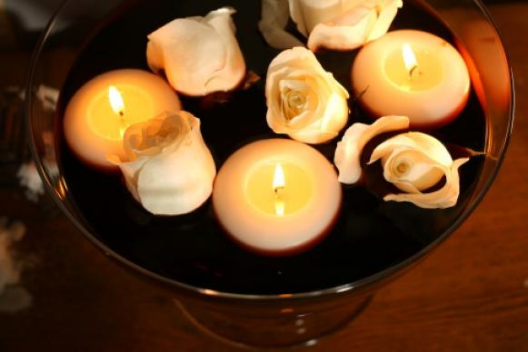 phantom_candles_close_up