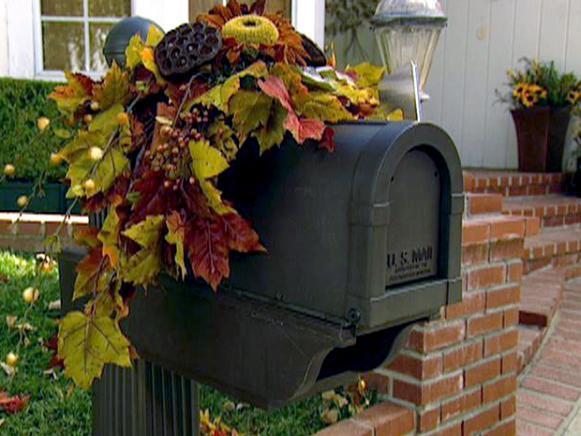 hms03s07 floral mailbox - Brick Mailbox Christmas Decorations