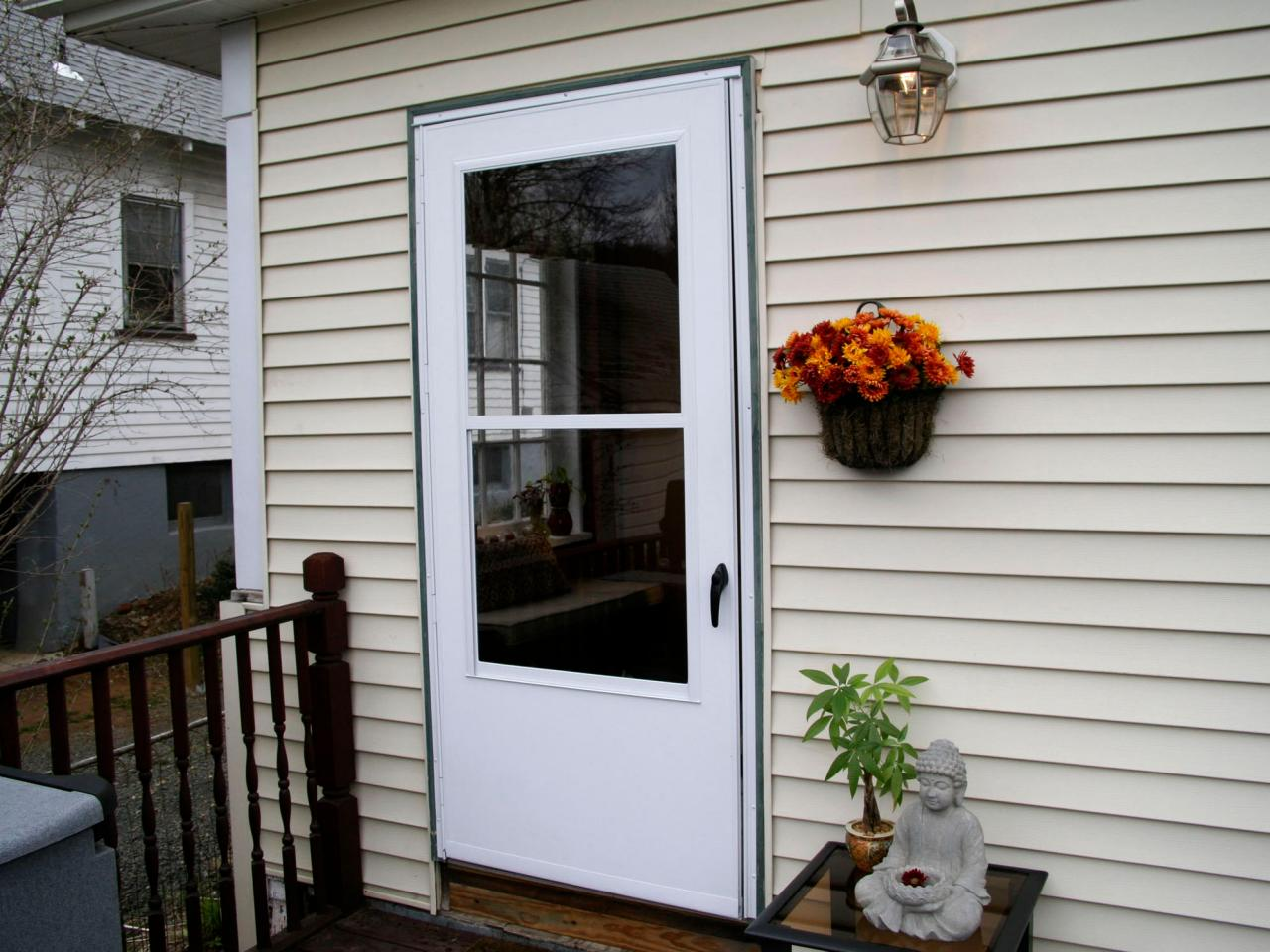 Installing A Screen Door And Replacing Lattice Hgtv