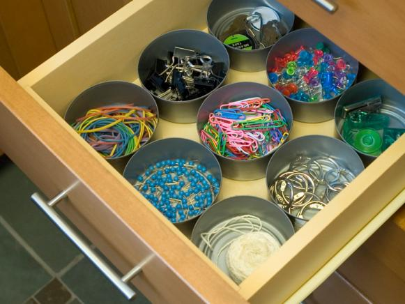 Clever Organizers: Can the Clutter with Can Drawer Dividers