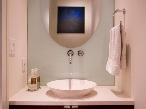 Modern Bathroom With Wall-Mounted Faucet