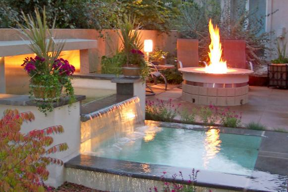 outdoor-room-fire-water