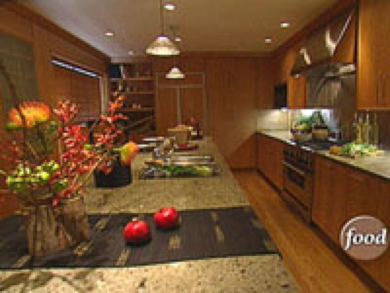 best feng shui colors for kitchen designing your kitchen the feng shui way hgtv 9122