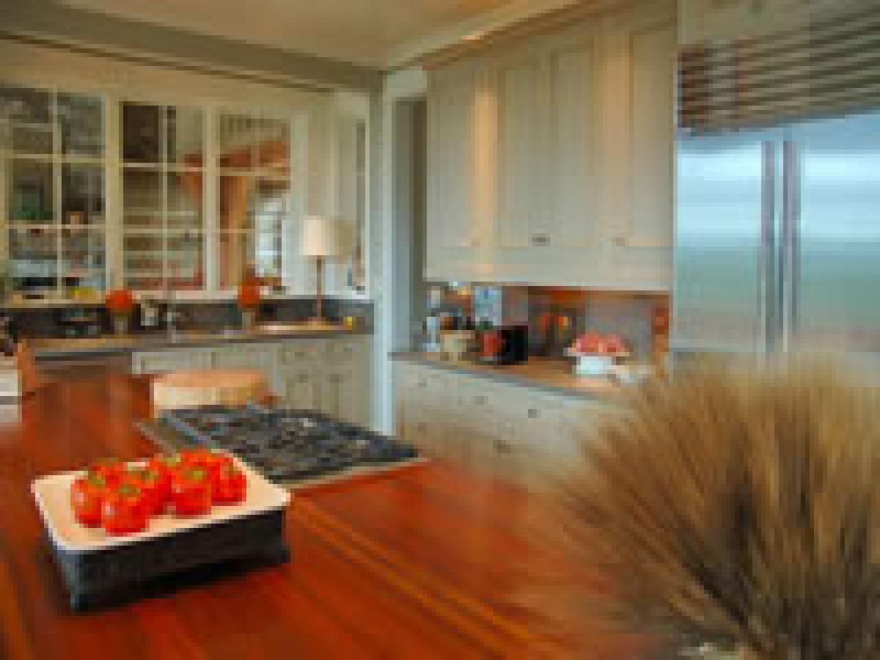 kitchen design mistakes. How To Avoid Kitchenrk 1 How Avoid The Biggest Kitchen Mistakes  HGTV