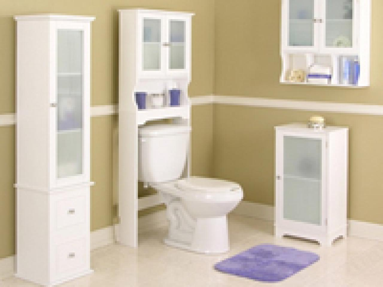 LowCost Tips For Reorganizing The Bathroom HGTV - Low cost bathrooms