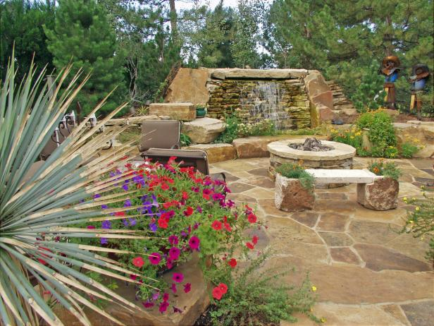 Southwestern Backyard Landscaping With Water Feature