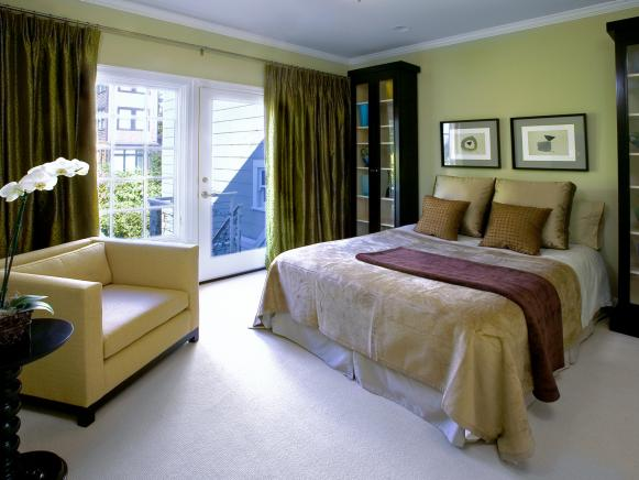 Green and Gold Bedroom With Olive Curtains