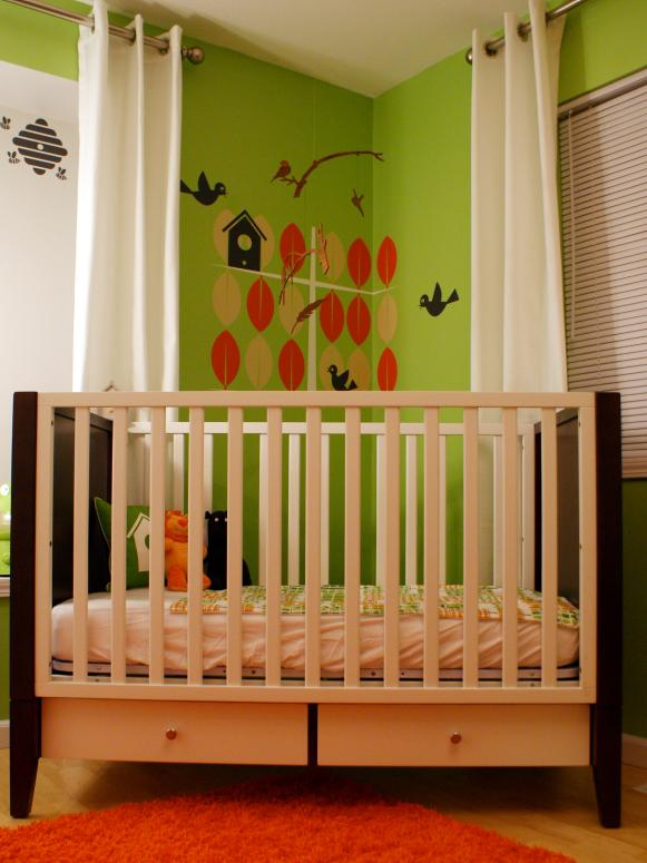 Wood Crib With Wall Mural