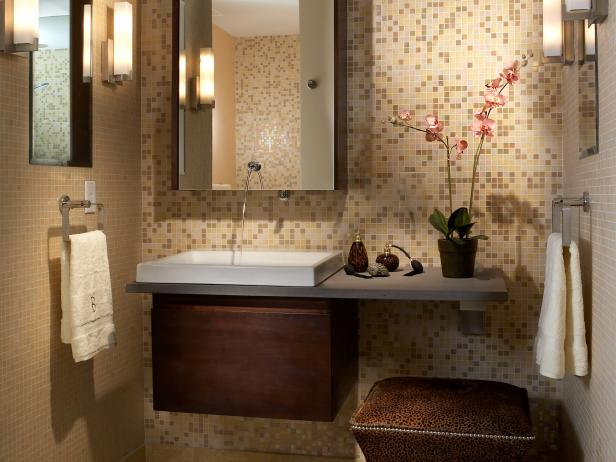 Beau Serene Small Bathroom With Mosaic Tile Wall