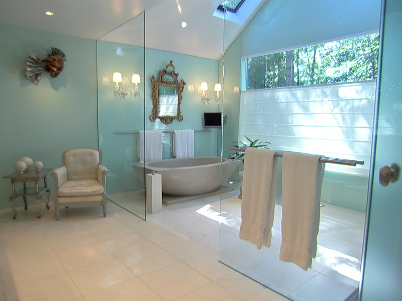 HGTVs Top 10 Designer Bathrooms
