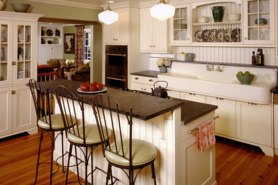 12 Cozy Cottage Kitchens Hgtv