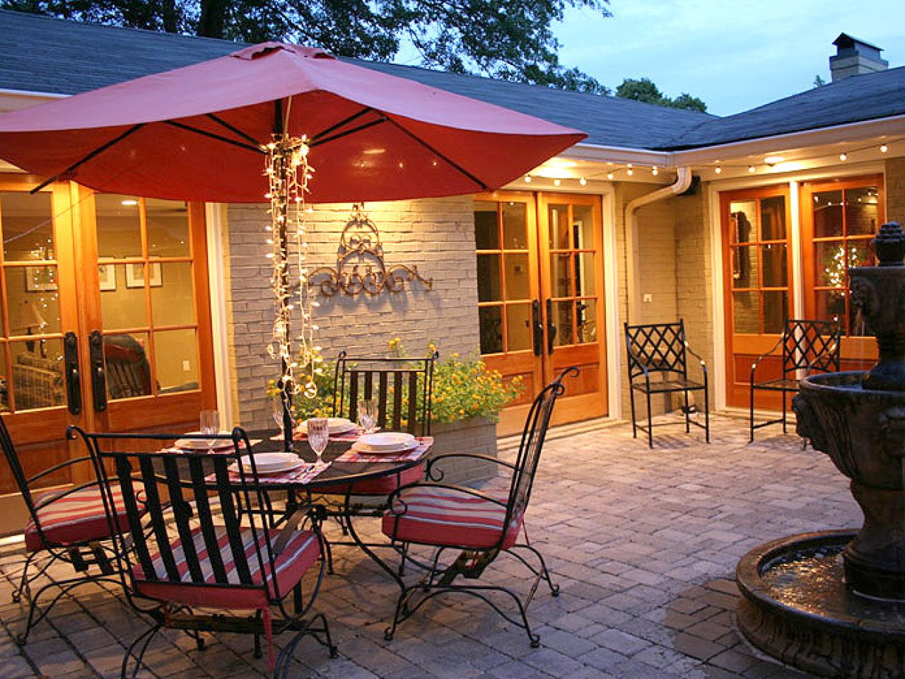 Cozy, Intimate Courtyards | Outdoor Spaces - Patio Ideas ... on Courtyard Patio Ideas id=91298