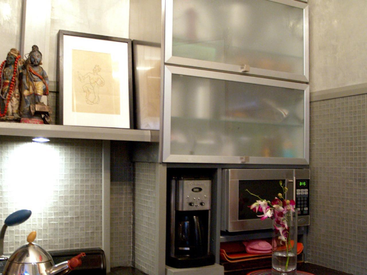 Do it yourself diy kitchen backsplash ideas hgtv pictures hgtv solutioingenieria Images