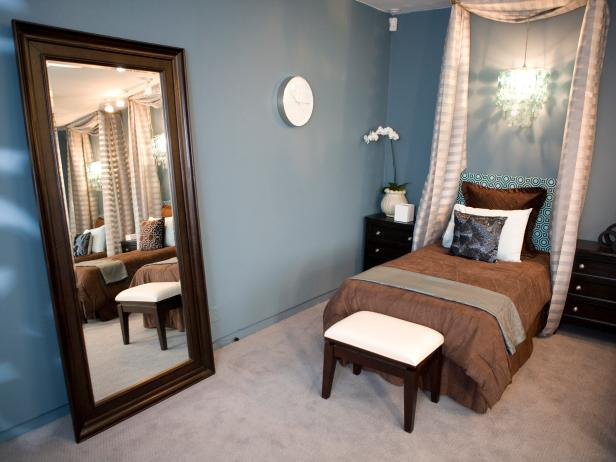 Blue-and-Brown Contemporary Bedroom