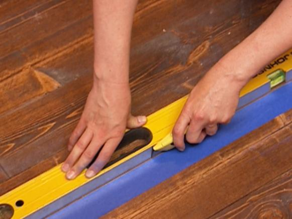 Scoring Painter's Tape for Faux Painted Rug
