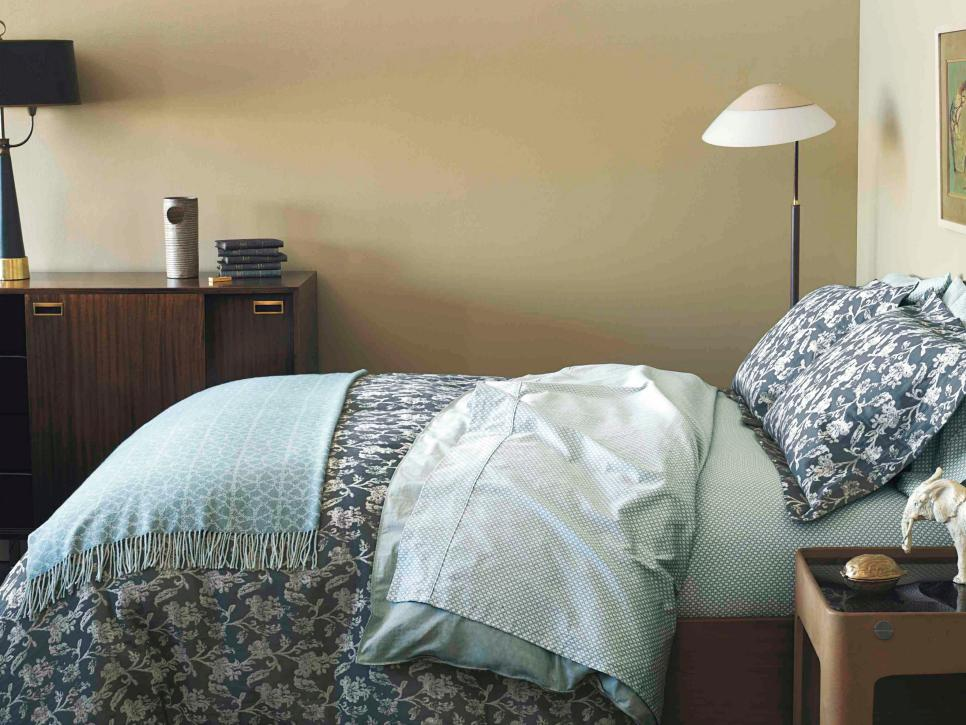 Floral Bedding With Midcentury Modern Furnishings