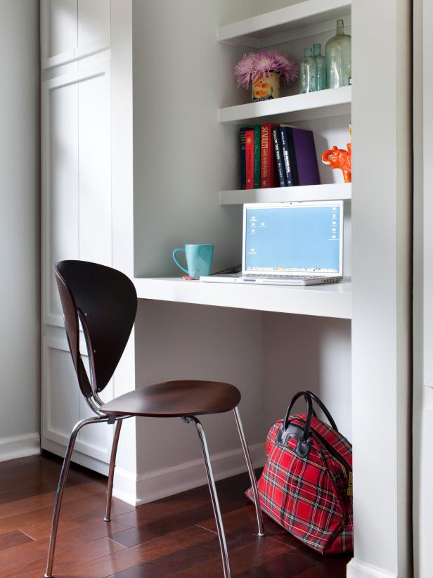 Contemporary Built In Office Nook