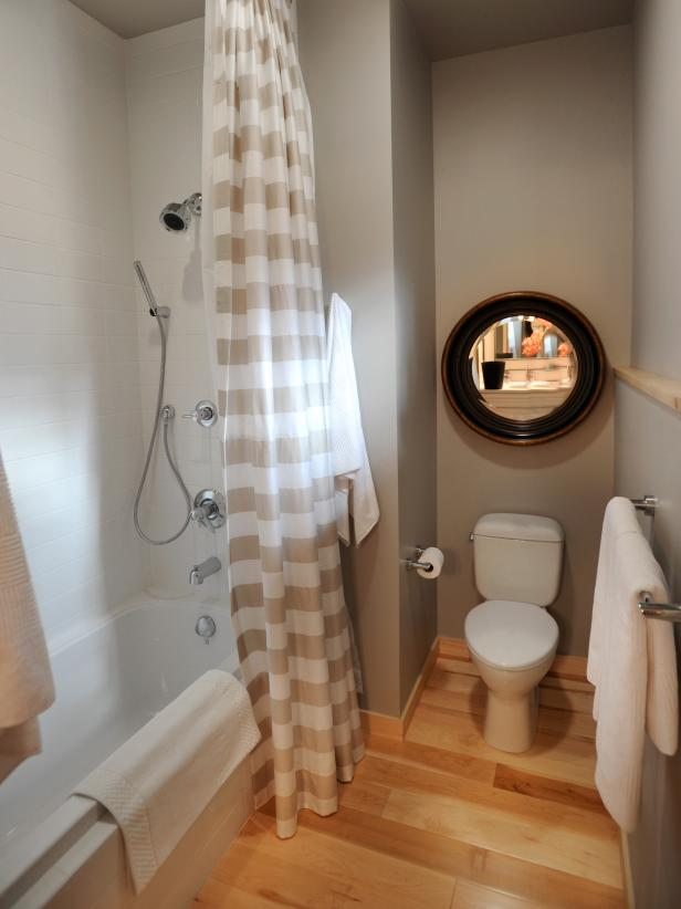 Hgtv Dream Home 2011 Guest Bathroom Pictures And Video