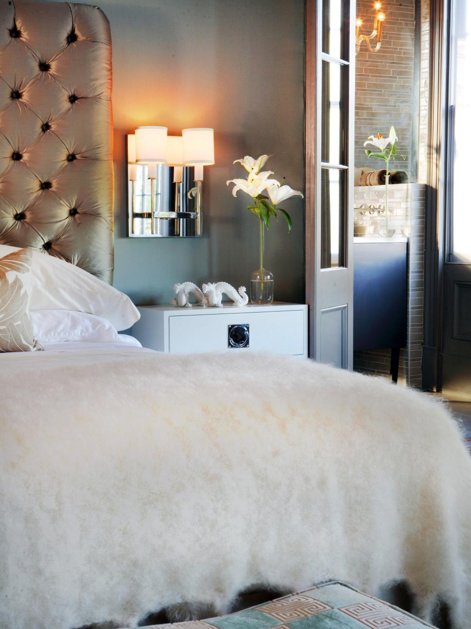 Gray Bedroom With Sconce