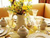 Spring Centerpieces in Bloom