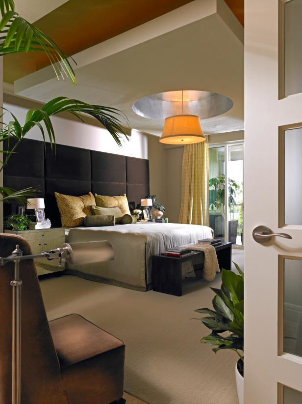 Modern Master Bedroom With Pendant Light and Drop-Ceiling Feature.