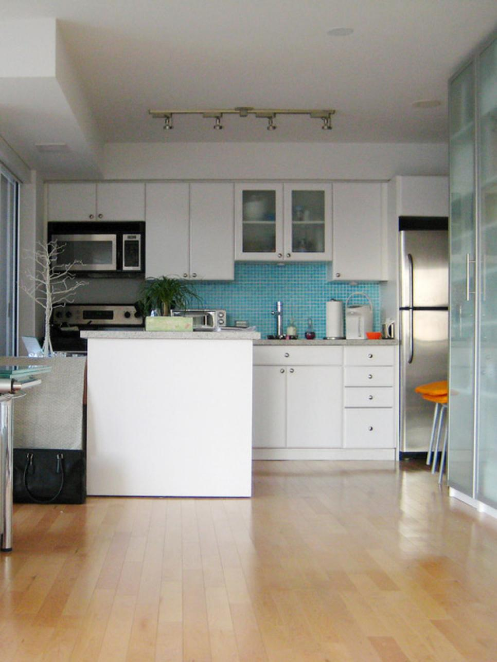 Small Kitchen Design Ideas and Solutions | HGTV on Small Kitchen Remodel Ideas  id=69632