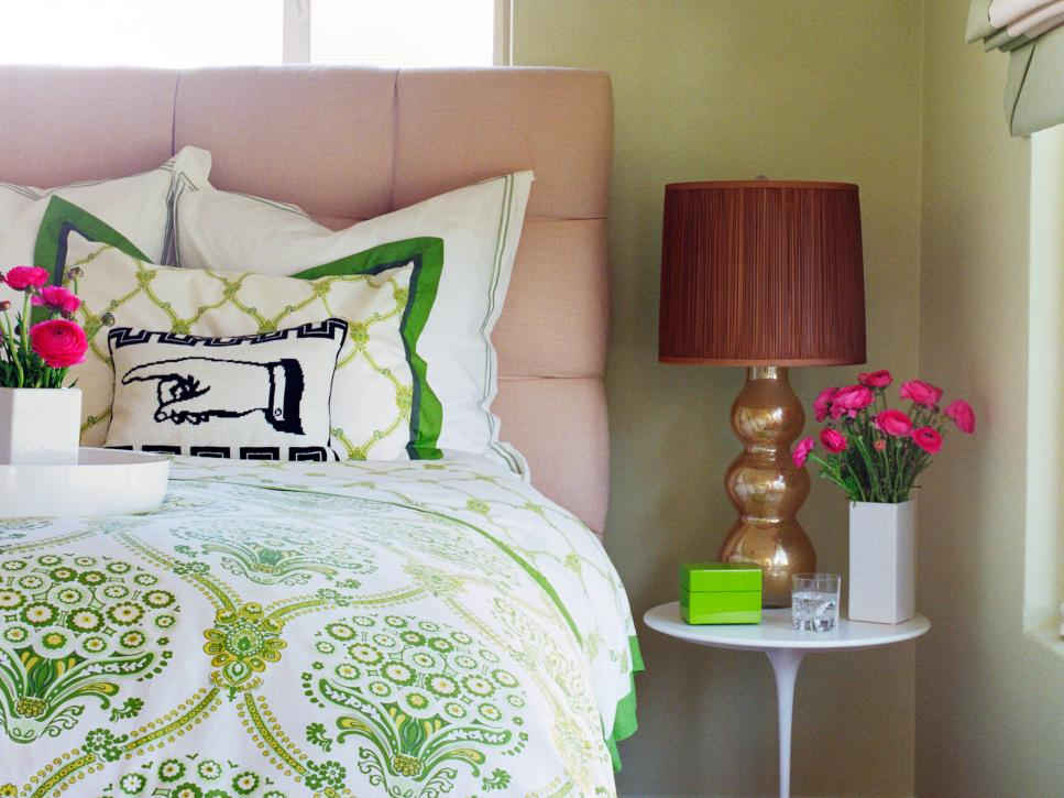 10 bedroom trends to try hgtv for Bedroom trends 2016