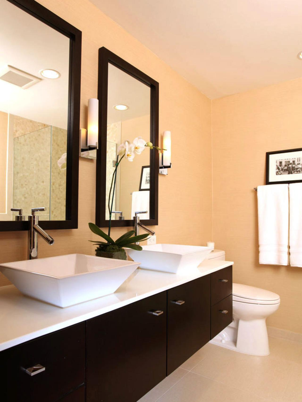 Traditional Bathroom Designs: Pictures & Ideas From HGTV
