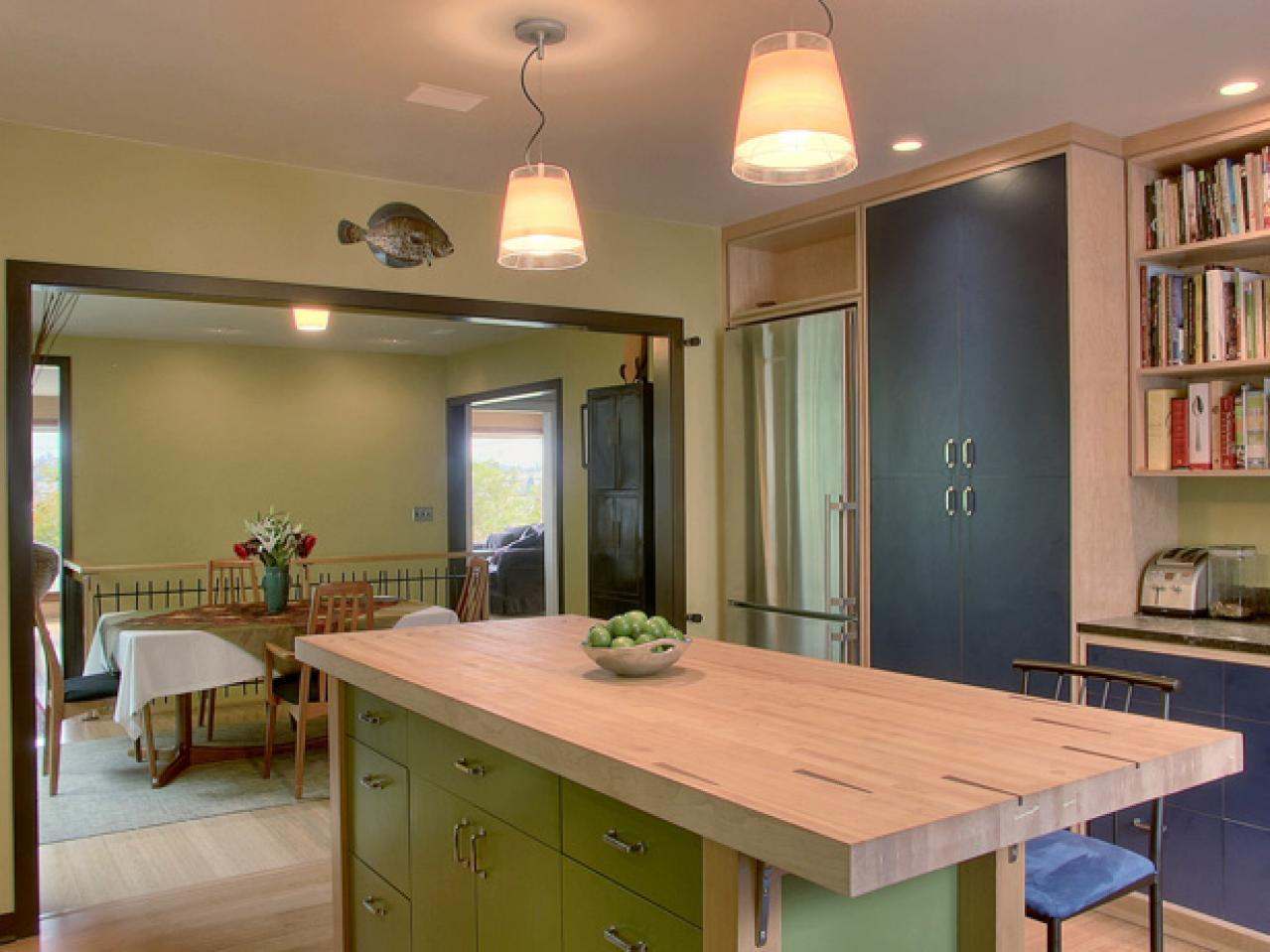 Kitchen island options pictures ideas from hgtv hgtv for Kitchen ideas no island