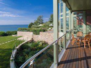 Glass Deck Ideal for Beautiful View