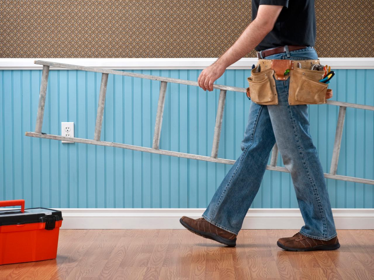 Choosing The Right People to Hire When Going for Remodeling