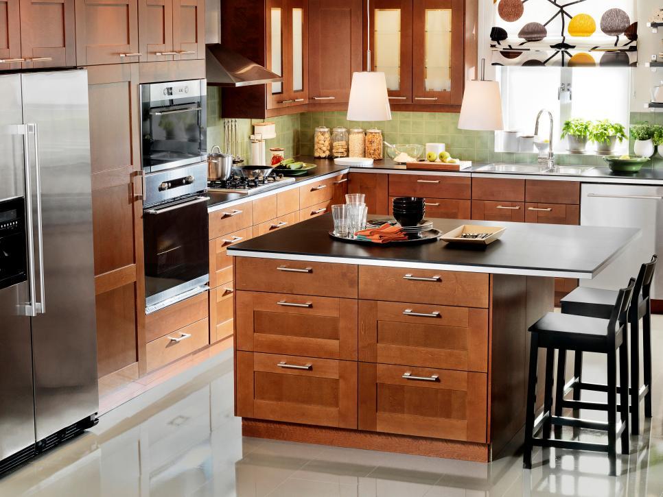 AKURUM/RAMSJÖ Brown Kitchen