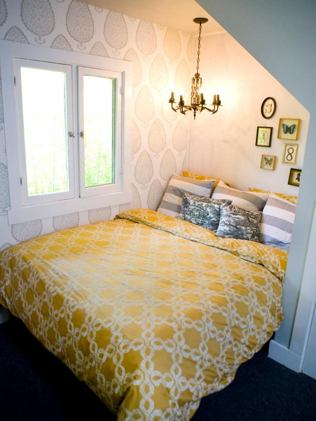 Small Guest Bedroom With Yellow Comforter