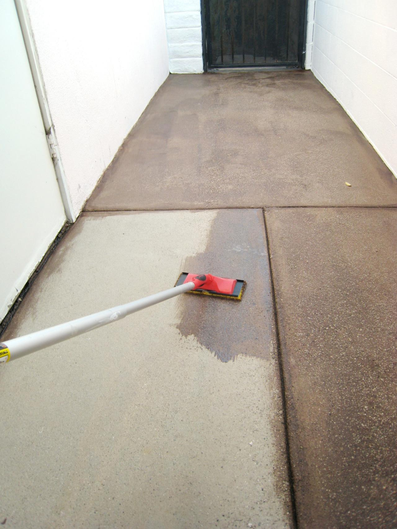 How To Stain Concrete Floors Tips For Staining Concrete Floors Hgtv