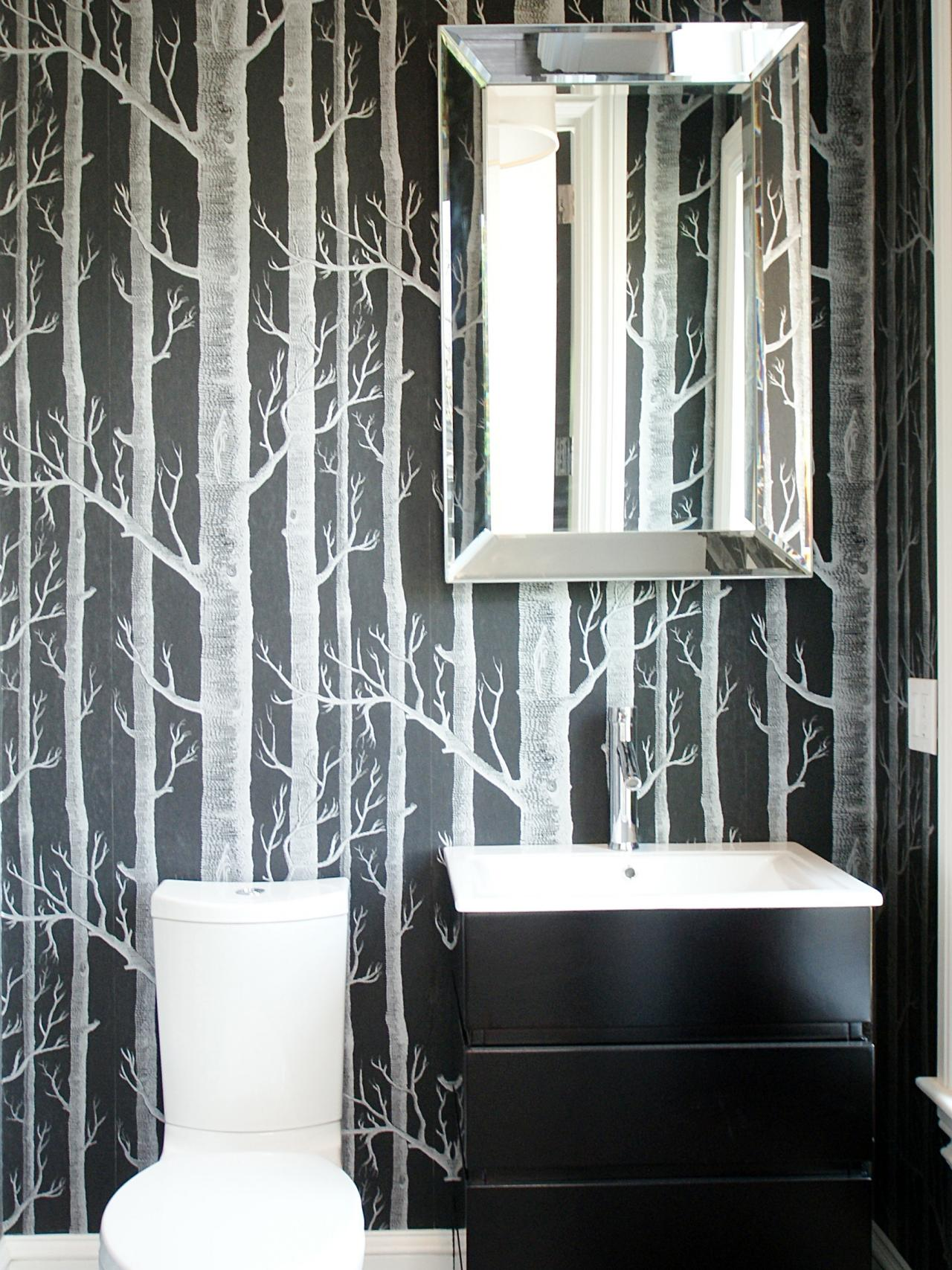 Nice Black And White Bathroom With Bold Tree Wallpaper