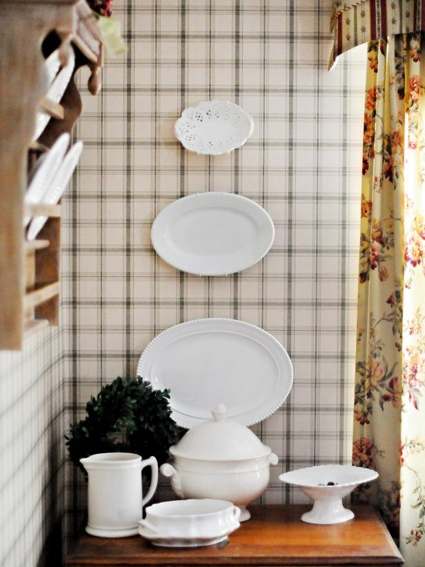 Green and White Plaid Room With White Plate Decor