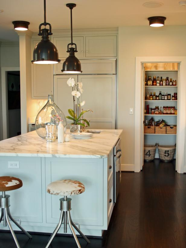 Kitchen Lighting Design Tips HGTV - Lighting over small kitchen island