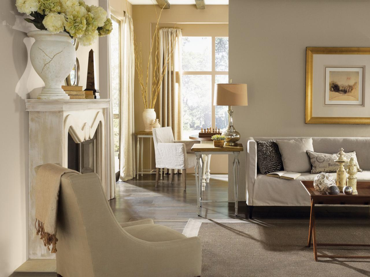 Photo page hgtv for Neutral living rooms gallery