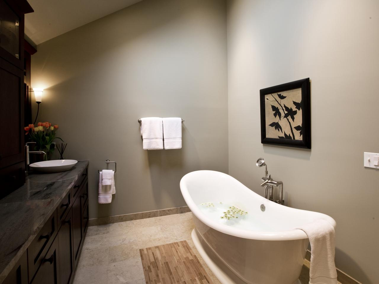 Soaking Tub Designs: Pictures, Ideas & Tips From HGTV | HGTV