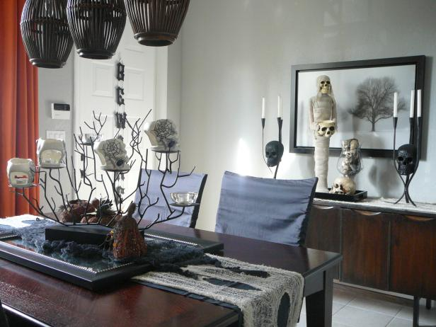 Black-and-White Halloween Dining Room