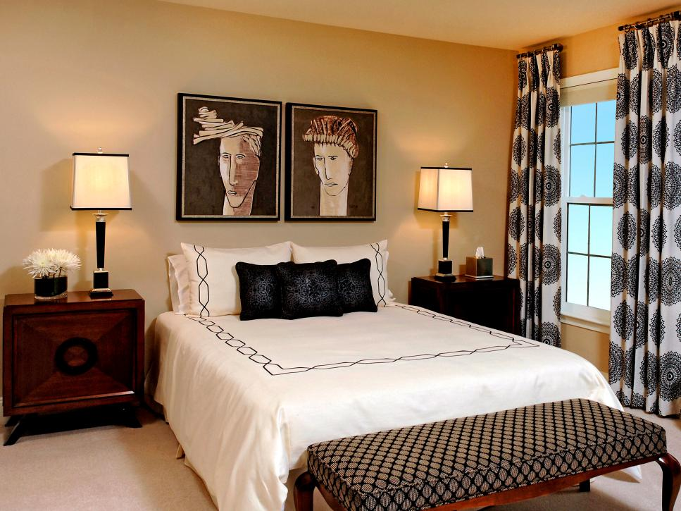 Dreamy bedroom window treatment ideas hgtv for Bedroom window styles