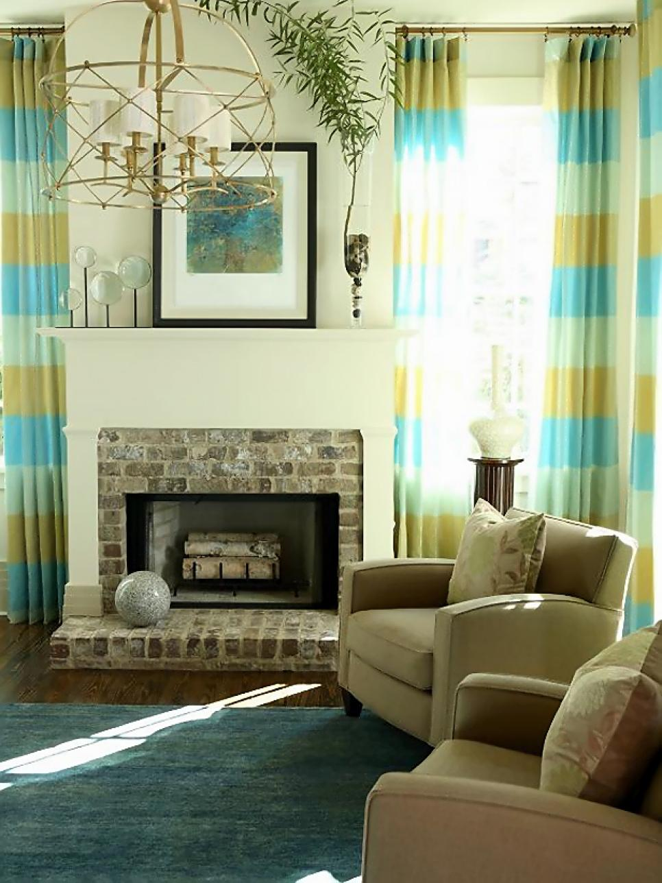 living room window treatments hgtv 77421
