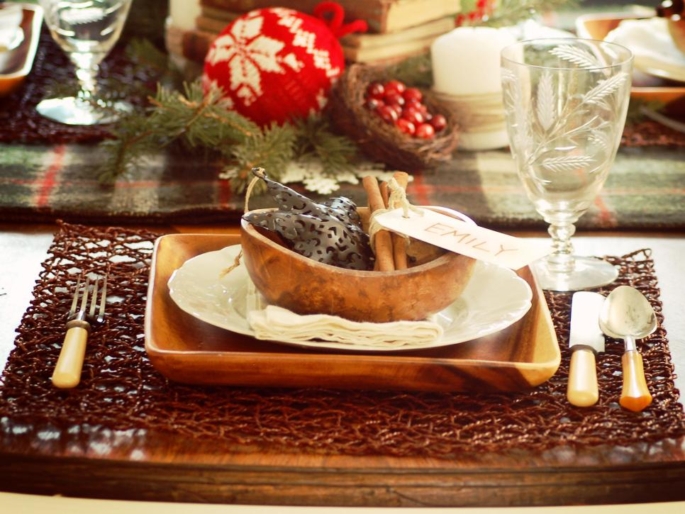 & Rustic Winter Table-Setting Ideas | HGTV
